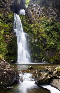 waterfall-09.jpg