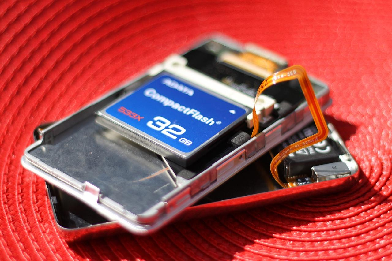 iPod Classic 6G w/32GB CompactFlash Mod