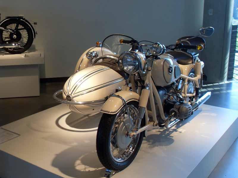 BMW 1966 R60 - Steib -1.jpg