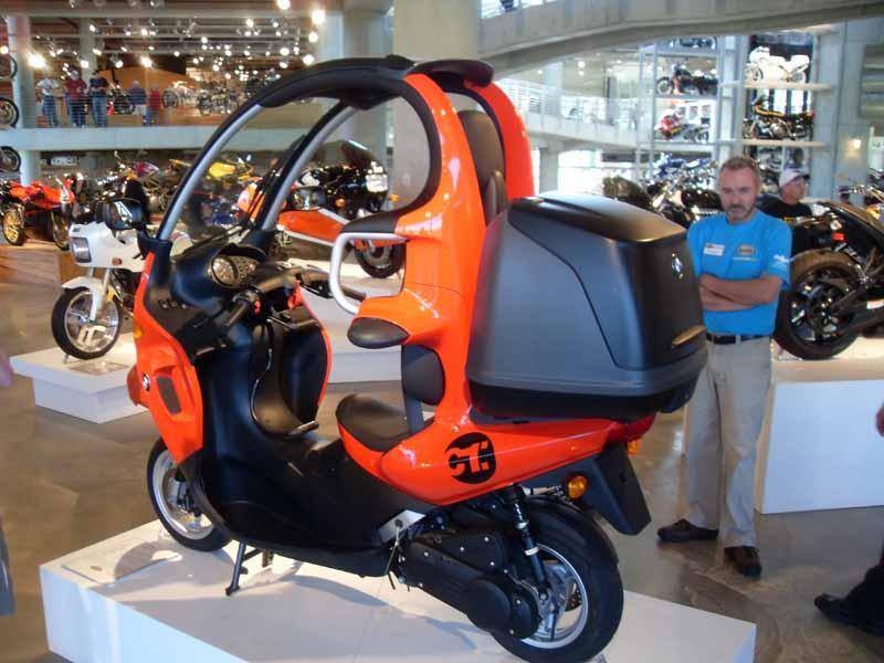 BMW 2004 C-1 a.jpg