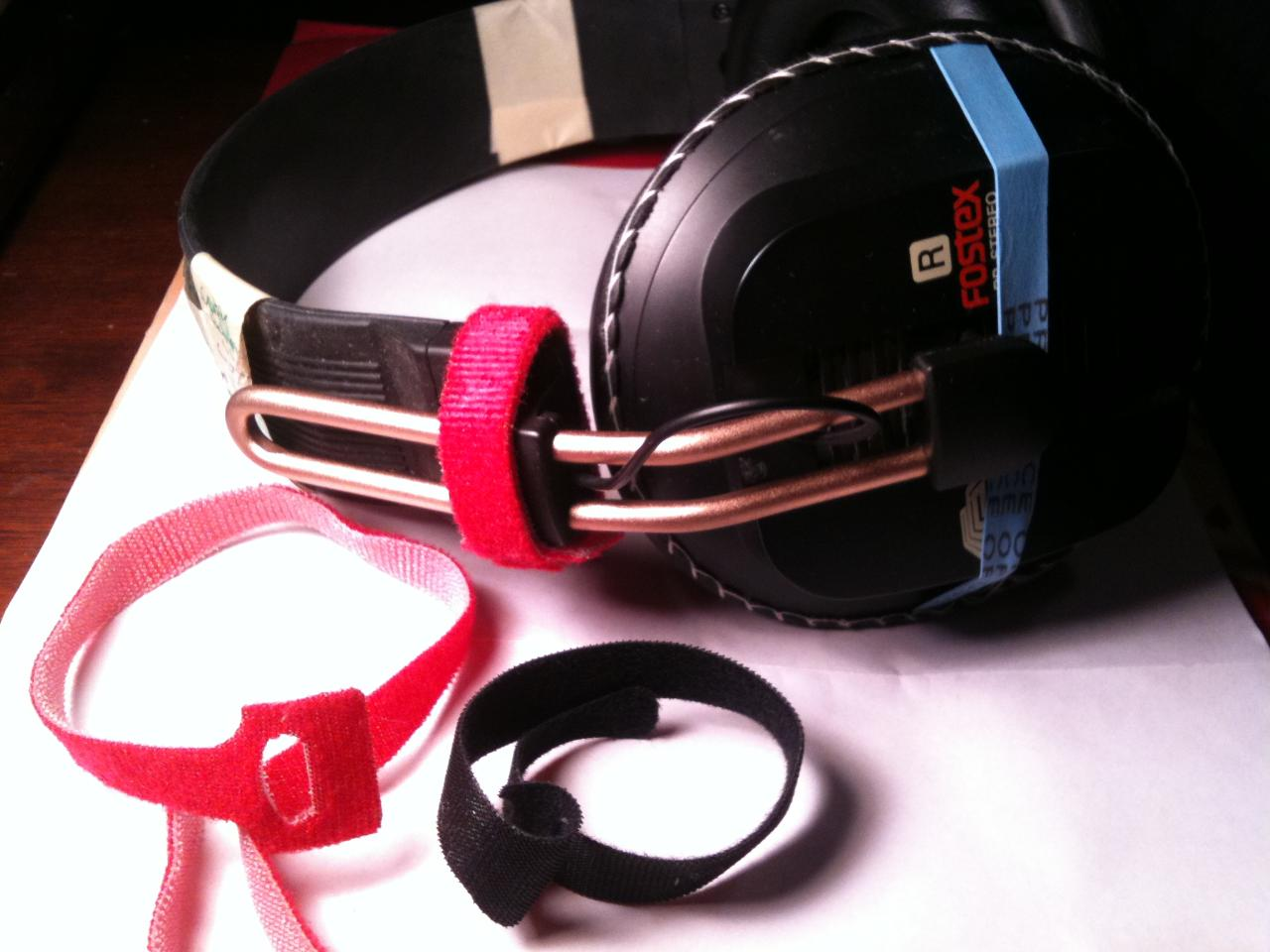 Fostex Velcro and Rubberband Thread Savers.JPG