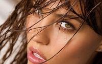 girl_face_Wallpaper_1440x900_wallpaperhere.jpg