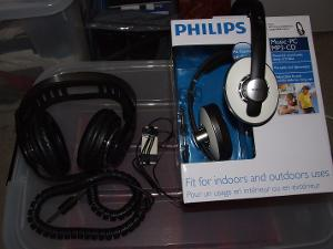 The magical Philips N6330 and SHP5401.