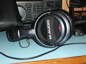 M Audio Q-40.