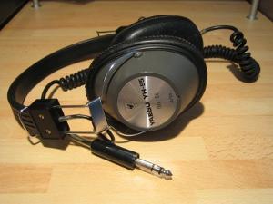 Yaesu YH-55 communications headphones.