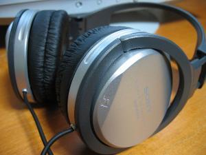 Sony MDR-XD050.