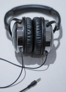 headphones (10 of 10).jpg