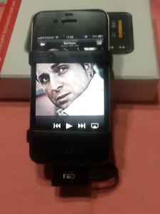 E17 + iPhone 4b.jpg