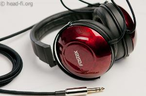 "This the Fostex TH900 with its Bordeaux red urushi lacquer. The ""FOSTEX"" logo is applied using..."