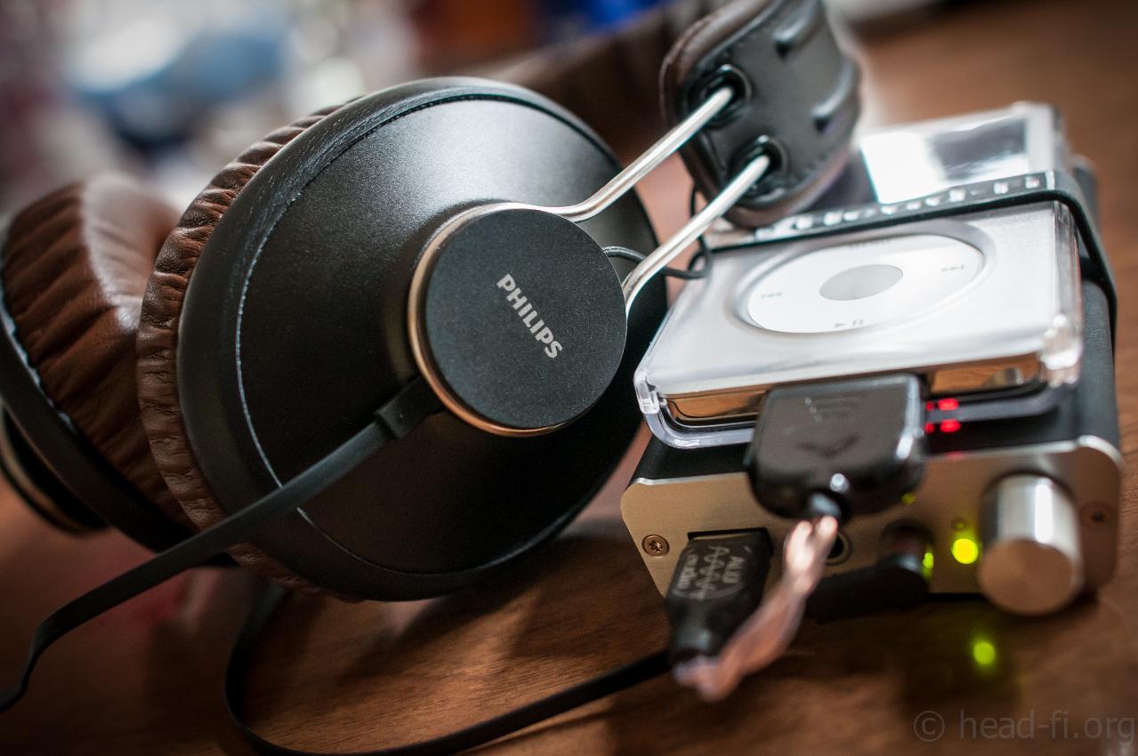 Apple iPod 160GB --> ALO Audio 30-pin-to-USB dock cable --> Fostex HP-P1 iDevice DAC / amp...