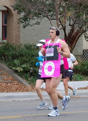 running-with-ipods-292x400.jpg