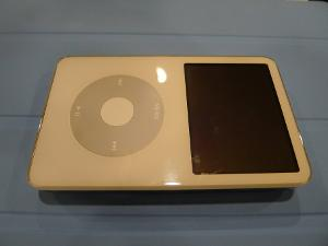 Apple ipod 80GB Classic.