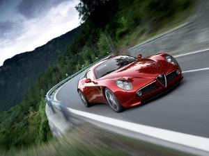 Alfa 8C Driving.jpg