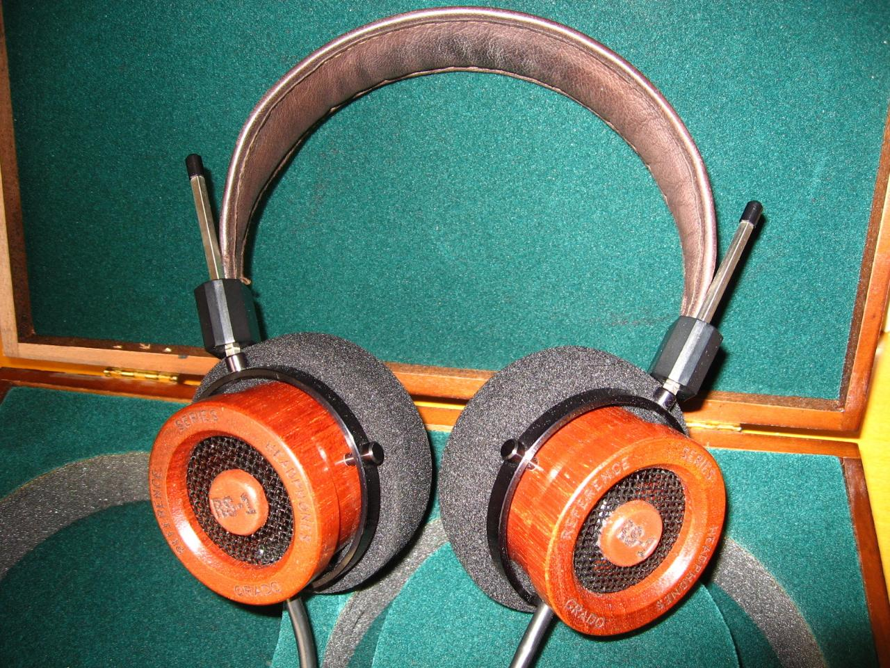 Grado RS1 prototype (the pictures here are all of the same RS1 that I purchased), made in 1994,...