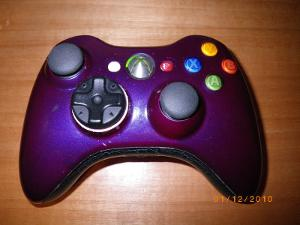 Sega saturn d-pad and PS2 analog sticks in a Xbox 360 controller body, the best of all worlds, lol.