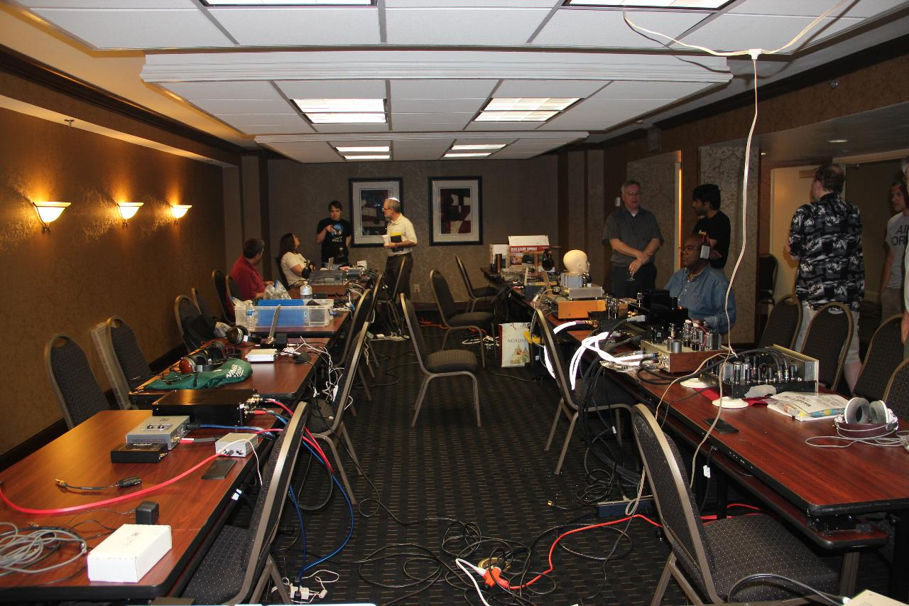 Head-Fi members room