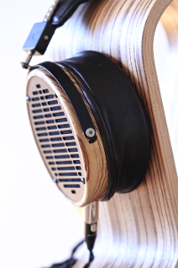 Audeze LCD-3 with Aftermarket cable form Q on Sveveking Omega Stand