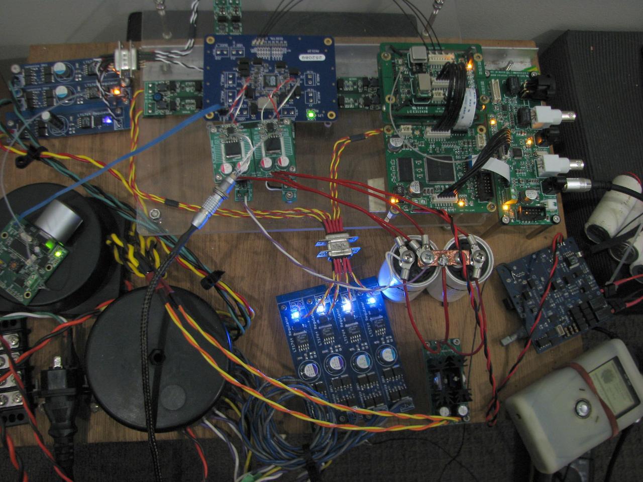 fifo-akd12p testing lock 09May2012_0936.jpg