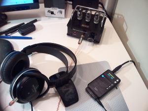 SENSE G3-T7 OTL Tube Amplifier Desktop Setup with E17 DAC