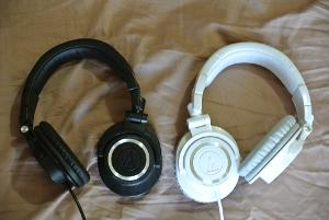 m50 white and black one side.JPG
