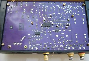 Here we implemented ten capacitors Sanyo Oscon, both on the analog and digital section.