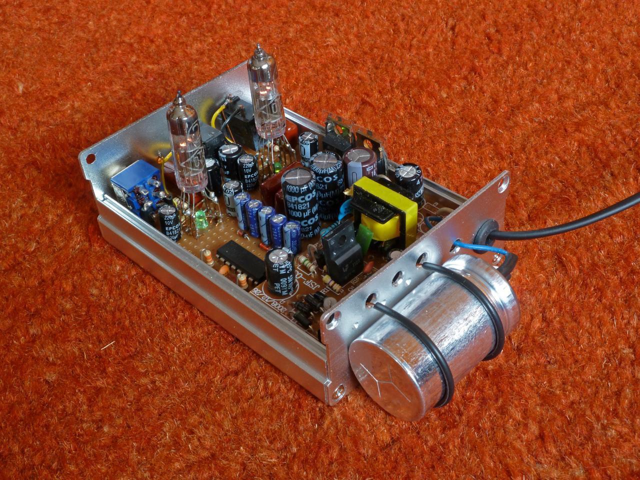 6N28B minitube headphone amp.