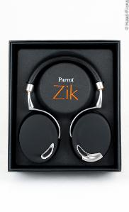 The Parrot Zik (by Philippe Starck) in its box.