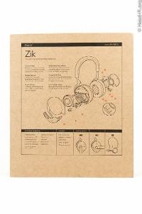 The Parrot Zik's box, rear panel.