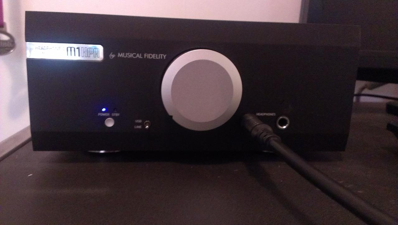Musical Fidelity M1 HPA, headphone amplifyer.