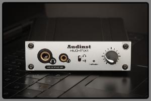 Audinst HUD-MX1 (front)