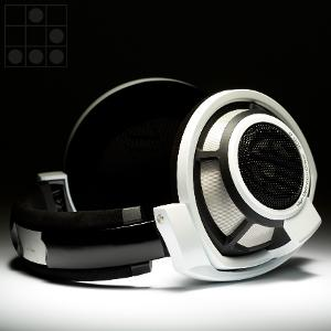 HD800 paint job by ColorWare. Picture from Colorware gallery.