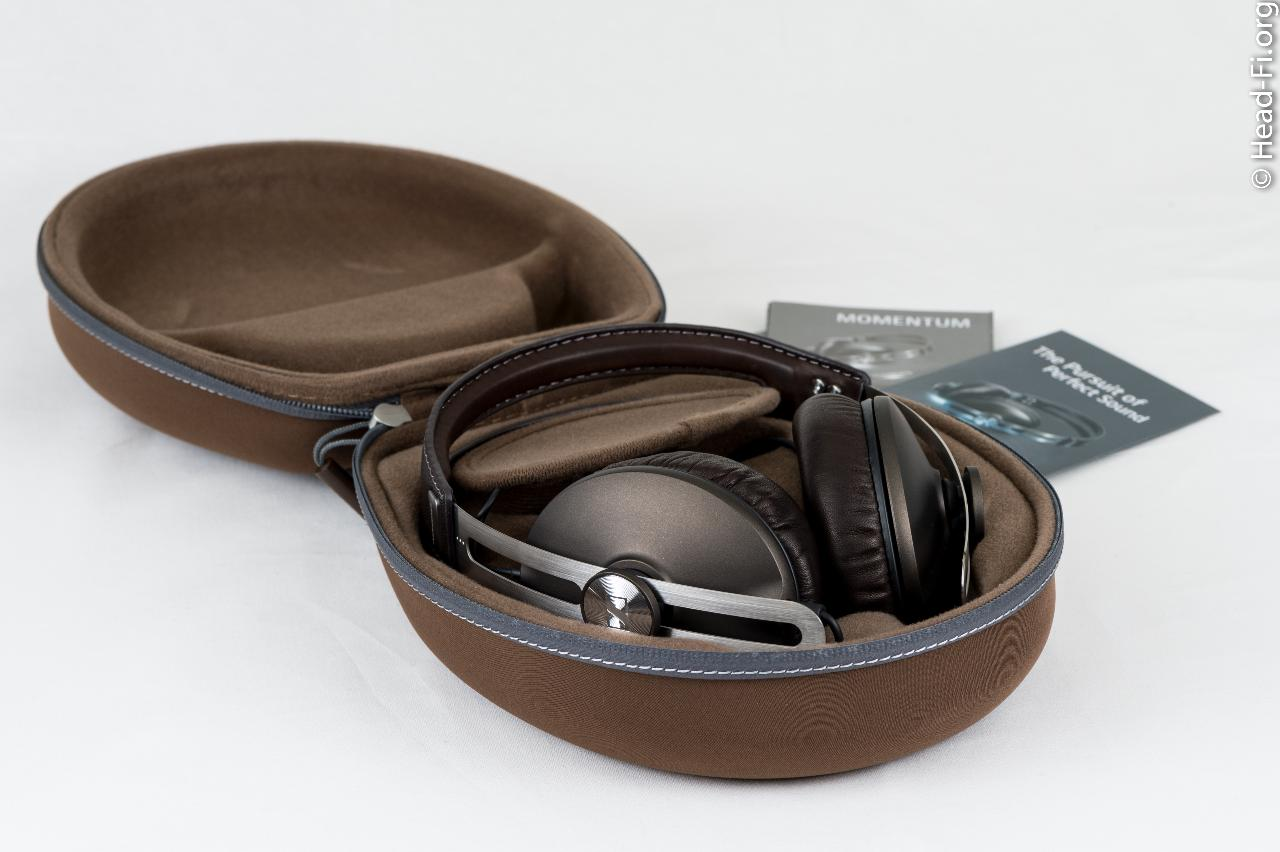 Opening up the Sennheiser MOMENTUM carrying case reveals the MOMENTUM.