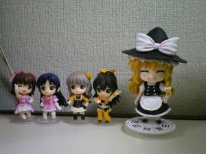 #92 Marisa Kirisame, along with 4 nendoroid petites from the original Idolmaster