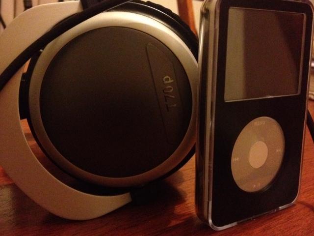 iPod Video (120Gb SSD) & Beyerdyanic T70p