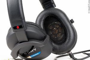 Sony MDR-7520 with its angled 50mm Liquid Crystal Polymer (LCP) driver showing.