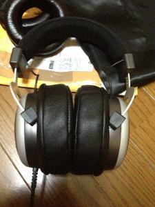 JMoney Audio V2 Lambskin Ear Pads for beyer, installed to T70