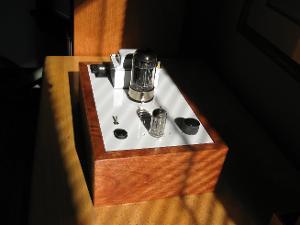 BH-AMP1.JPG