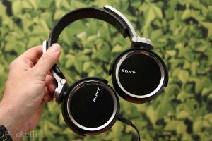 sony-mdr-xb-headphones-xb800-0.jpg?20120910-170121