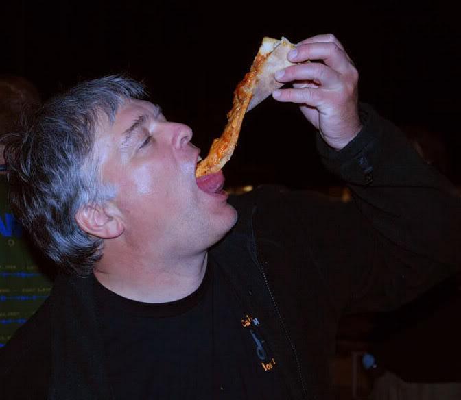 tyll_pizza.jpg