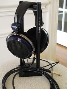 The beautiful HE-400 headphones posing on the excellent Woo Audio headphone stand.
