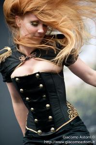Epica+Simone+Simons.jpg