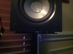 Klipsch Icon on Samson monitor stand with Sorbathane pads