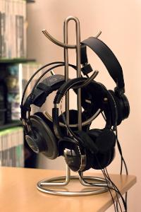 Mug holder headphone stand.