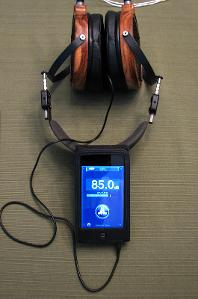 iPhone SPL app measuring 85.0 dB with a white noise file played into the LCD-2