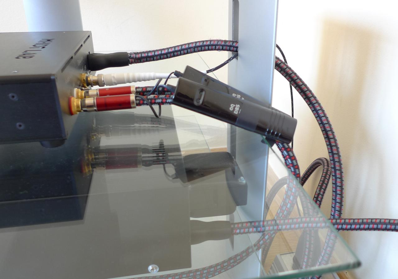 Audioquest Colorado,<br /> Audioquest NRG-5,<br /> Havana DAC,<br /> Isotek Orion
