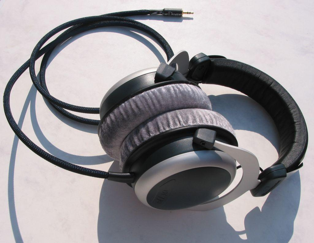 Beyerdynamic DT770 with Moon Audio Blue Dragon V2 Headphone Cable