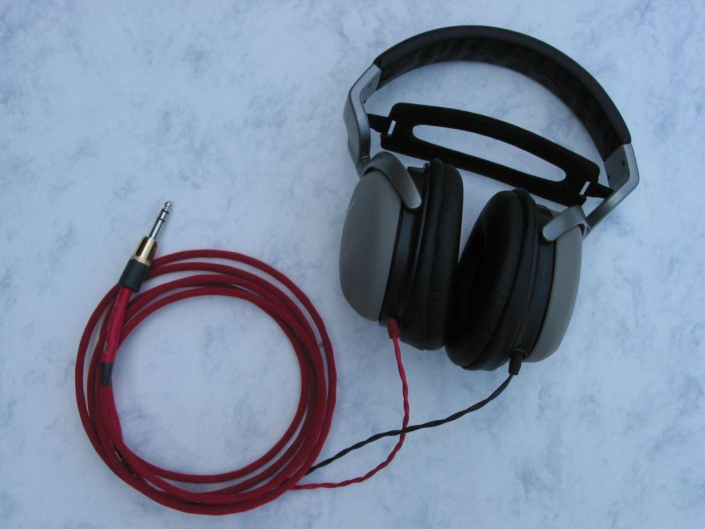 Sony MDR-CD3000 headphones with Moon Audio Silver Dragon V1 Headphone Cable - the 'original...