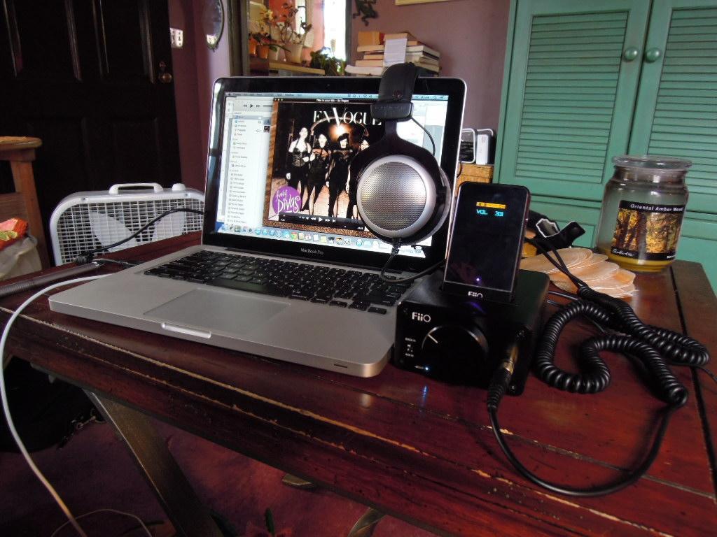 Temporary setup. <br /> <br /> Fiio E07K, E09K, Beyerdynamic DT880 Pro 250, late 2011 MacBook...
