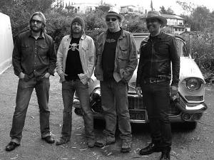le-noise-neil-young-lanois-crew.jpg