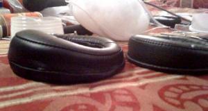 d2000 earpad stuffed side by side